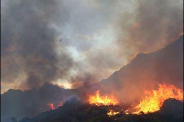 La Corse en proie aux flammes