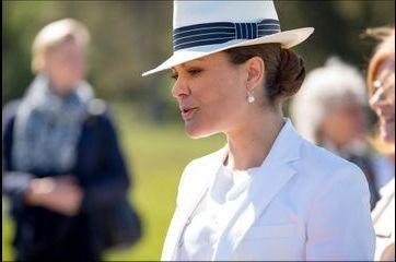 Pour Victoria le panama est de rigueur à Gotland