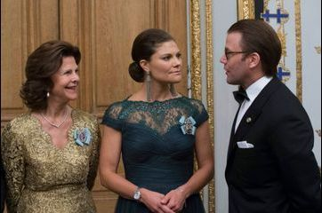 La princesse Victoria, superbe en Oscar de la Renta