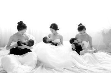 Les mamans chinoises sortent le sein
