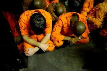 Entre les murs de la prison de Pistorius