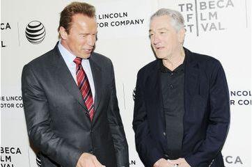 Arnold Schwarzenegger retrouve Robert De Niro