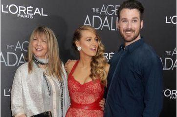Tapis rouge en famille pour Blake Lively