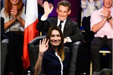 Carla Bruni, de retour à la politique