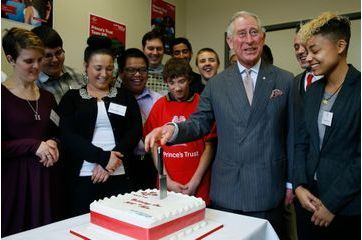 Et un nouveau gâteau pour Charles