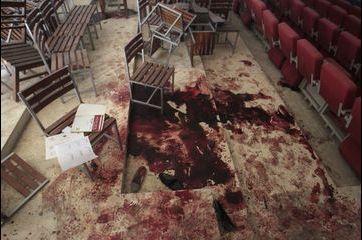 Après le massacre, le Pakistan sous le choc