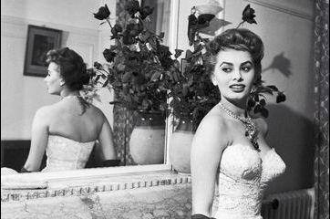 """Sophia Loren, """"la divine"""", devant l'objectif de Jack Garofalo"""