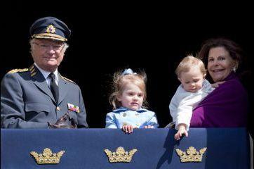 Les mini-princesses suédoises fêtent leur morfar