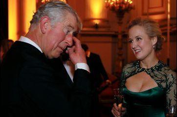 Le prince de Galles séduit par la cantatrice Taryn Fiebig