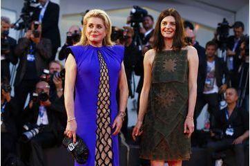 Mère et fille, complices à Venise