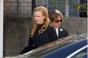"""Nicole Kidman rend hommage à un père """"extraordinaire"""""""