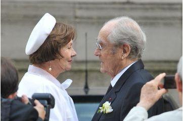 Macha Méril: une mariée tout en blanc