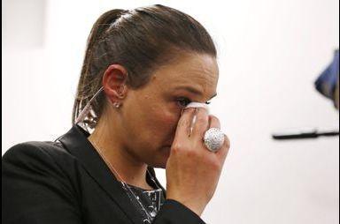 Les larmes d'une journaliste