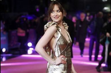 Dakota Johnson, une Golden Girl qui attire l'oeil