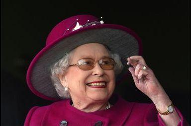 Elizabeth croise les doigts à Newbury