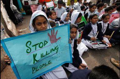 «Arrêtez de tuer des gens»