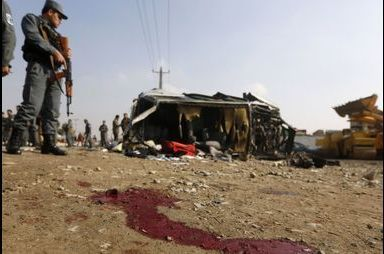 Les talibans continuent de semer la terreur