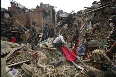 Au Népal, le drame absolu