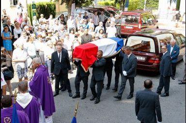 Le dernier adieu à Charles Pasqua
