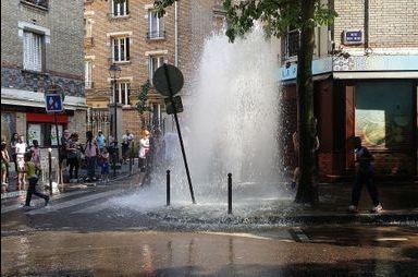 """Le """"geyser"""" de Paris"""