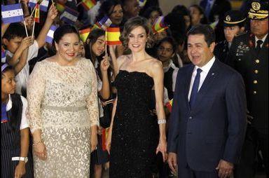 Letizia glamour au Honduras