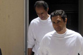 Les fils de Moubarak libres (pour l'instant)