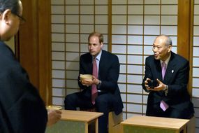 Le prince William en visite au Japon