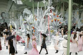 Chanel sous les tropiques de Paris