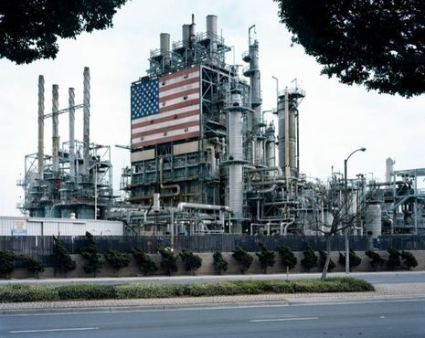 2. Mitch Epstein_BP Carson Refinery, California 2007
