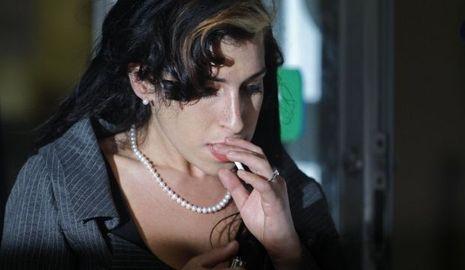 2-photos-people-musique-Amy Winehouse--Amy Winehouse, Blake Fielder-Civil