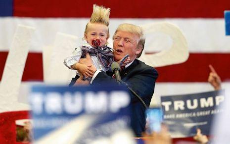 A La Nouvelle-Orléans, le 4 mars, Trump brandit une petite fille terrifiée par les clameurs