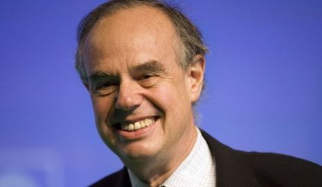 actu-politique-Frédéric Mitterrand sourire--