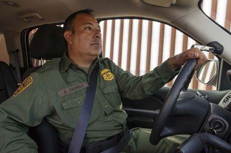 Adrian Calvillo Police Frontières