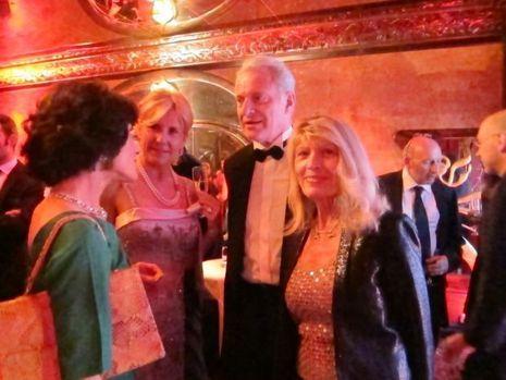 Agathe Godard de Match et moi en robe vintage verte, avec Monsieur Flammarion et sa femme-