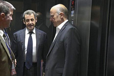 Au conseil national du parti Les Républicains, le 2juillet, échange crispé avec Alain Juppé dans l'ascenseur