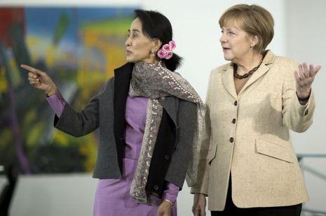 Aung-San-Suu-Kyi-Angela-Merkel