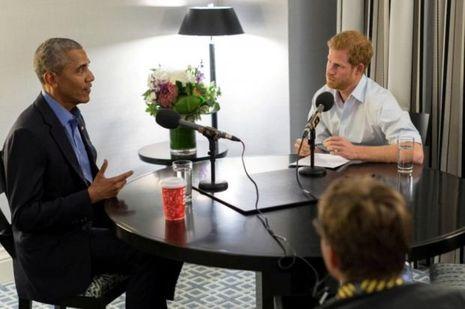 Barack Obama et le prince Harry lors de l'interview pour la BBC Radio 4.