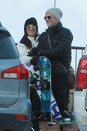 Sandra Bullock et Bryan Randall en vacances au ski le 27 décembre 2015.