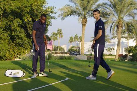 Blaise Matuidi et Javier Pastore jouent au golf