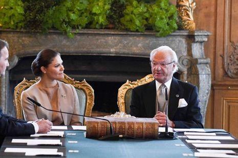 Le roi Carl XVI Gustaf de Suède et la princesse héritière Victoria à Stockholm le 4 septembre 2017