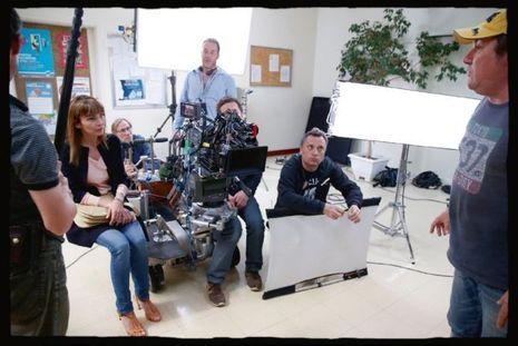 Sur le tournage du téléfilm de Fabien Onteniente, pour France 2, « La dernière échappée », Claire Keim est la femme de Laurent Fignon.