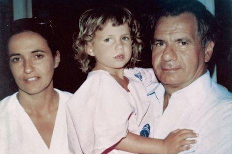 Claude, Michel et leur fille, Emmanuelle, à 6ans.