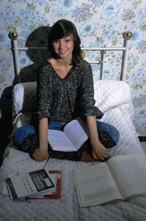 Corinne Ascione chez elle, à Nice, en 1983.