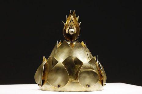 La couronne conçue par Viktorie Beldova pour le roi Norodom Sihamoni du Cambogde, le 12 décembre 2016