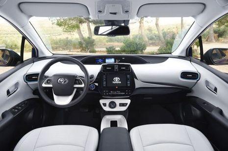 Habitacle de la nouvelle Toyota Prius
