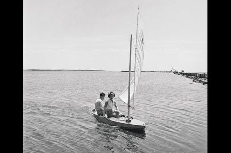 John Kennedy et Jacqueline Bouvier à Hyannis Port.
