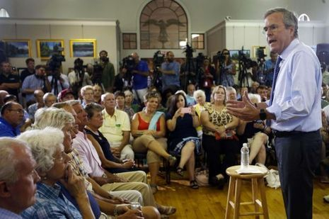 Jeb Bush à Keene, jeudi, dans le New Hampshire.