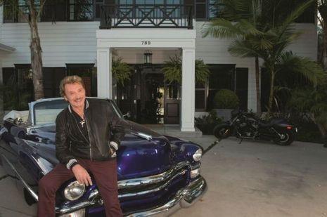 Une Chevrolet 1953 et de nombreuses Harley. Johnny à Los Angeles vit son rêve américain.