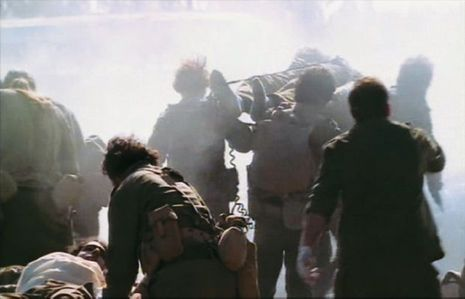 Il lui aura fallu vingt-sept ans pour accepter de mettre la guerre en images. Extrait de « Kippour », présenté à Cannes en 2000.