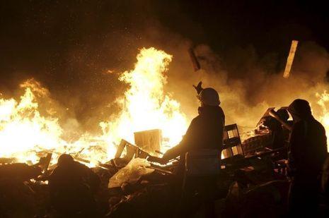 L'Ukraine au bord de la guerre civile.